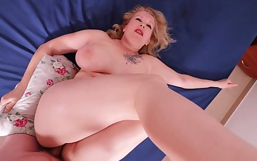 Big ass MILF painal. She occupied and was painfully fucked in say no to thick ass.