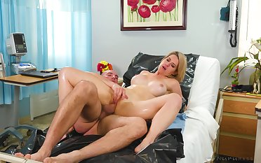 Man's huge dick suits the busty wife's cunt just fine