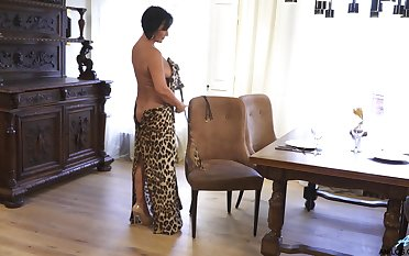 Adult lady makes leopard print threads take the role sexy and she masturbates every so often