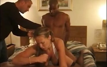 That's what you call a real fuck and this floozy loves interracial MMF threesomes