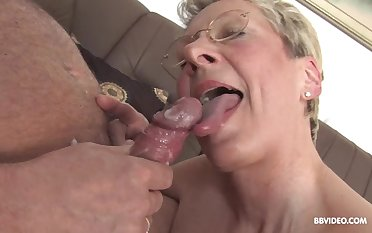 German matured with glasse on her knees sucking and getting fucked