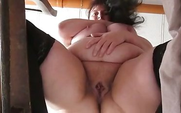 This mature whore has some nice big belly and she masturbates like a floozie