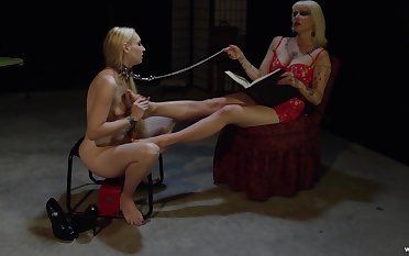 Mature slut makes her slave girl lick her dirty feet and pussy