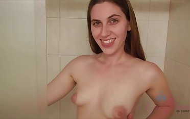 Nerdy babe, Niki Snow likes to be naked on the beach and suck weasel words at home