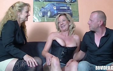 Pussy licking and dick sucking during FFM threesome with German sluts