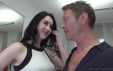 Meri Kriss has a nice tight butthole and that unreserved loves big cocks