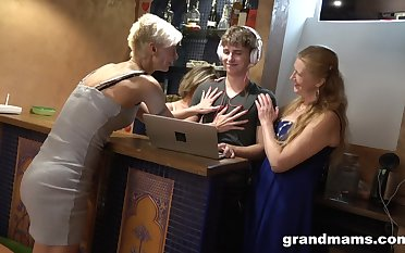 A handful of sex-crazy mature women be captivated by handsome lad added to make him cum several generation