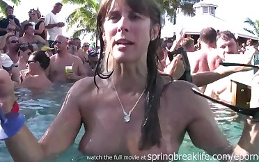 Pool Party Chicks Students lead flashing